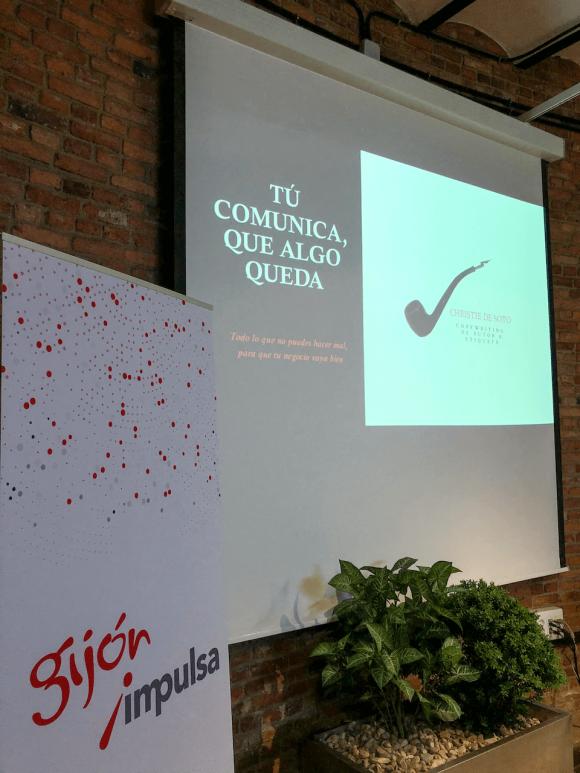 Charla comunicación y etiqueta en los negocios Christie de Soto Cristasa Gijón Impulsa
